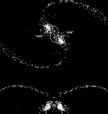 Sl. 6. Kompjutorski model galaktika NGC4038 i NGC 4039 što su ga sačinili A. Toomre i J. Toomre 1972. godine. Stapanjem dviju spiralnih galaktika (gornji crtež) nastaje tzv. Antena galaktika (donji crtež) kakvu danas opažamo. Opažane galaktike NGC4038 i 4039 trenutačno se udaljavaju jedna od druge. Pretpostavlja se da je proces stapanja započeo prije više stotina milijuna godina.