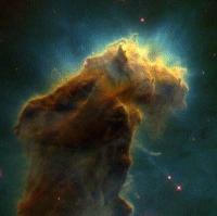 U gustim oblacima međuzvjezdane tvari zvijezde nastaju i danas.