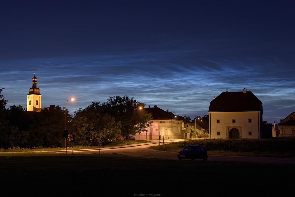 Noktilucentni oblaci